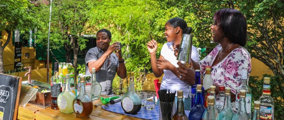 Cocktail Workshop at Landhuis Chobolobo