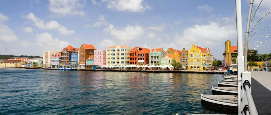 Queen Emma Bridge and Handelskade in Curaçao