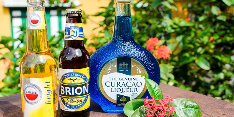 7 Delicious Curaçao Drinks You Have To Try